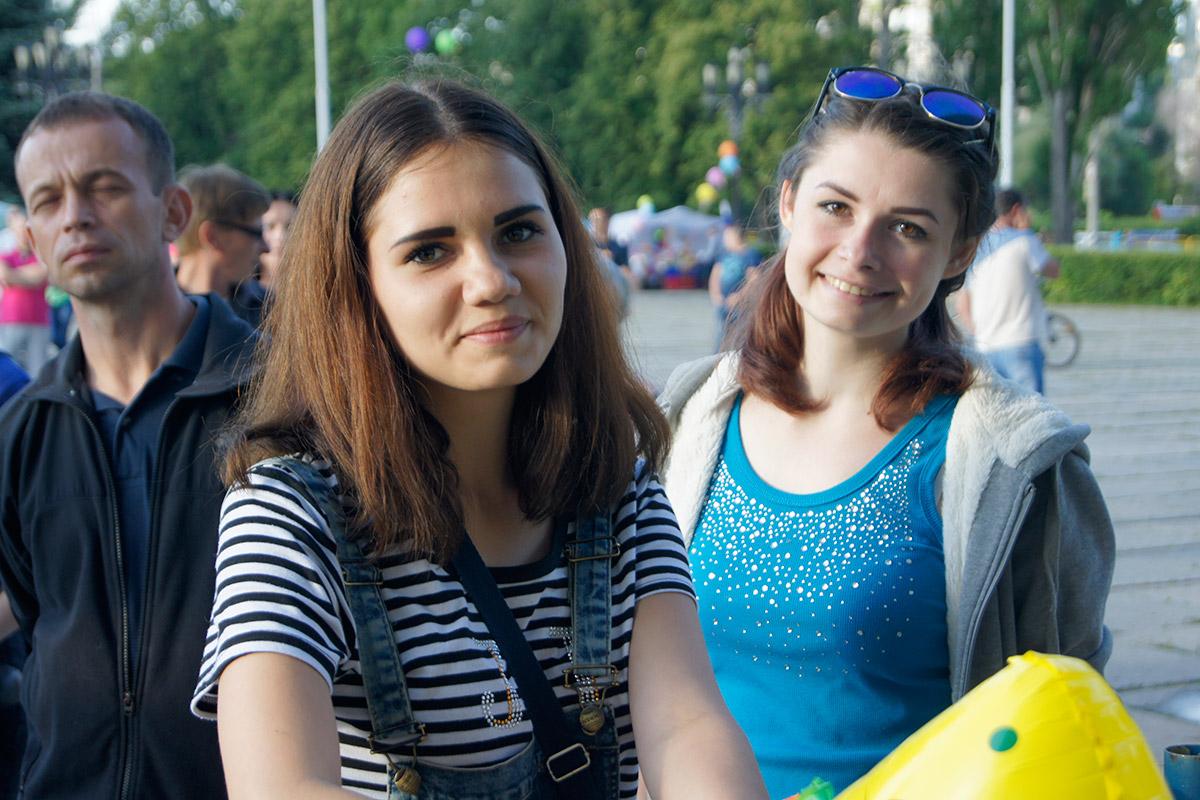 Места знакомства для молодежи в москве